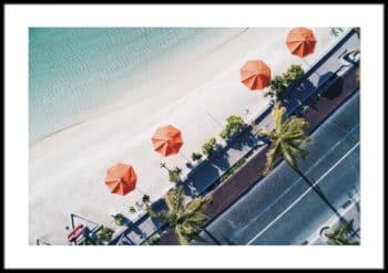 morze plaża parasole