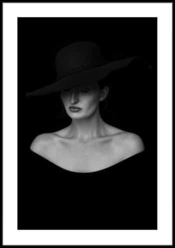plakat tajemnicza kobieta