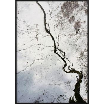 zdjęcie zamarzniętej rzeki